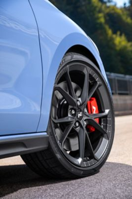 "The new forged alloy 19"" cast wheels of the new Hyundai i30 N."